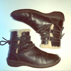 UGG Caspia Leather & Shearling Fleece Boots 7